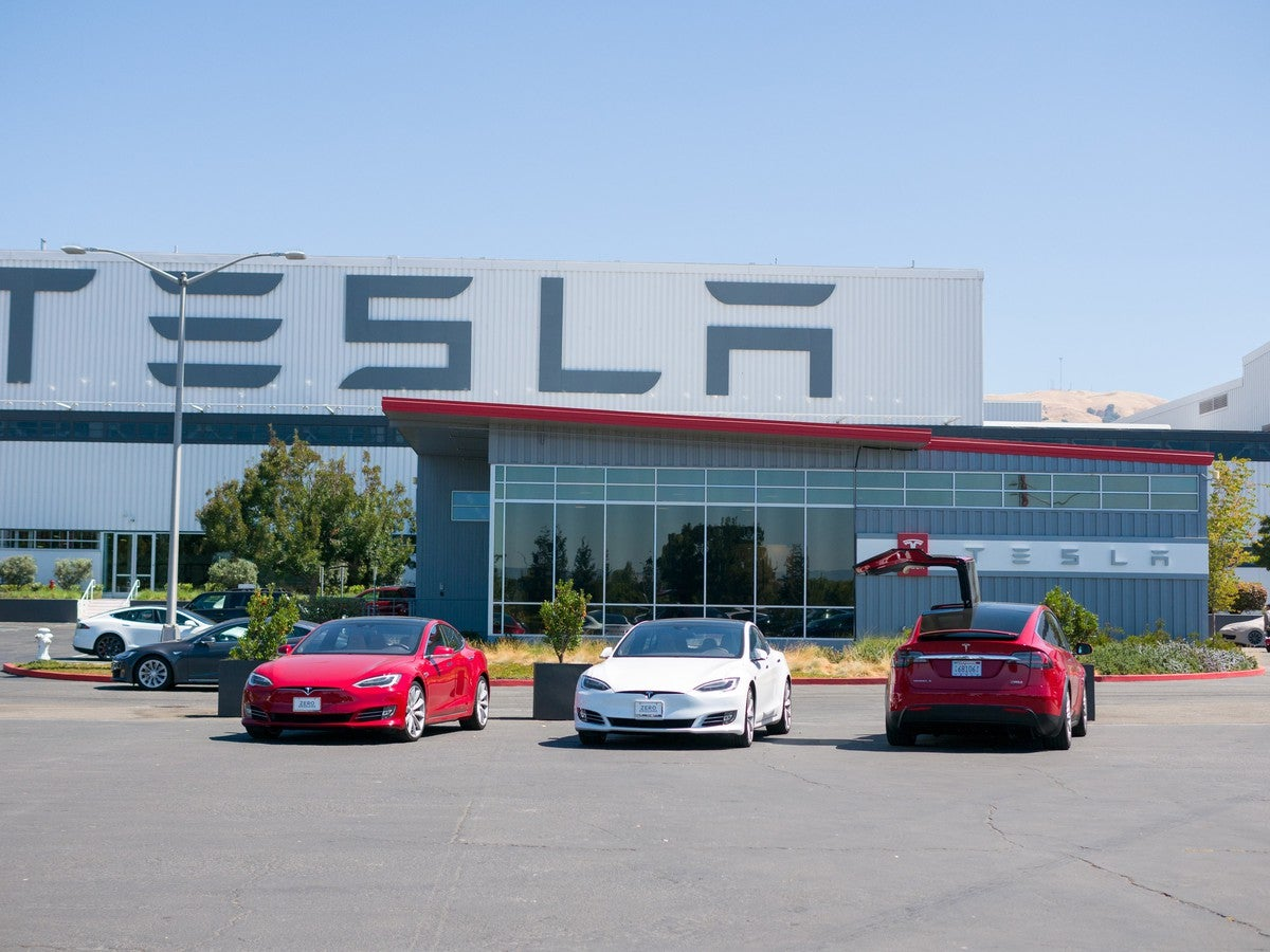 Tesla Weighs on Nasdaq -- Will Investors Believe Musk This Time?