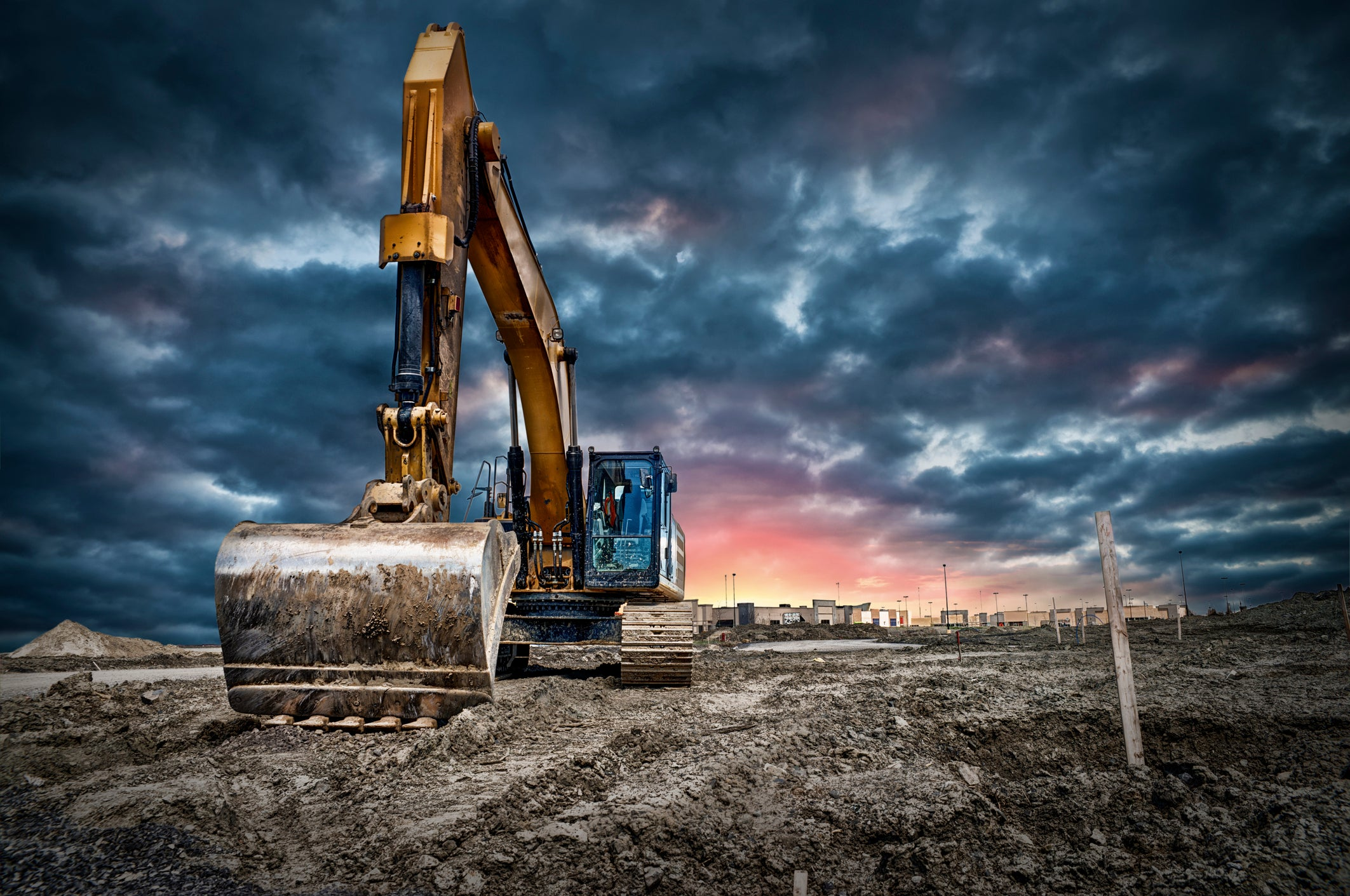 Things Could Get Worse Before They Get Better for Caterpillar Stock