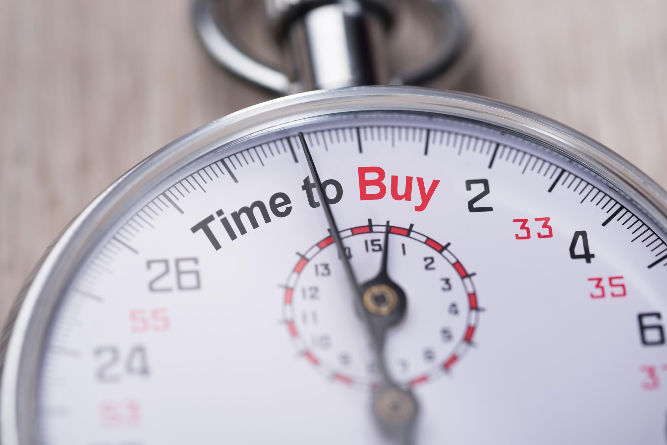 3 Stocks Robinhood Investors Should Buy Hand Over Fist