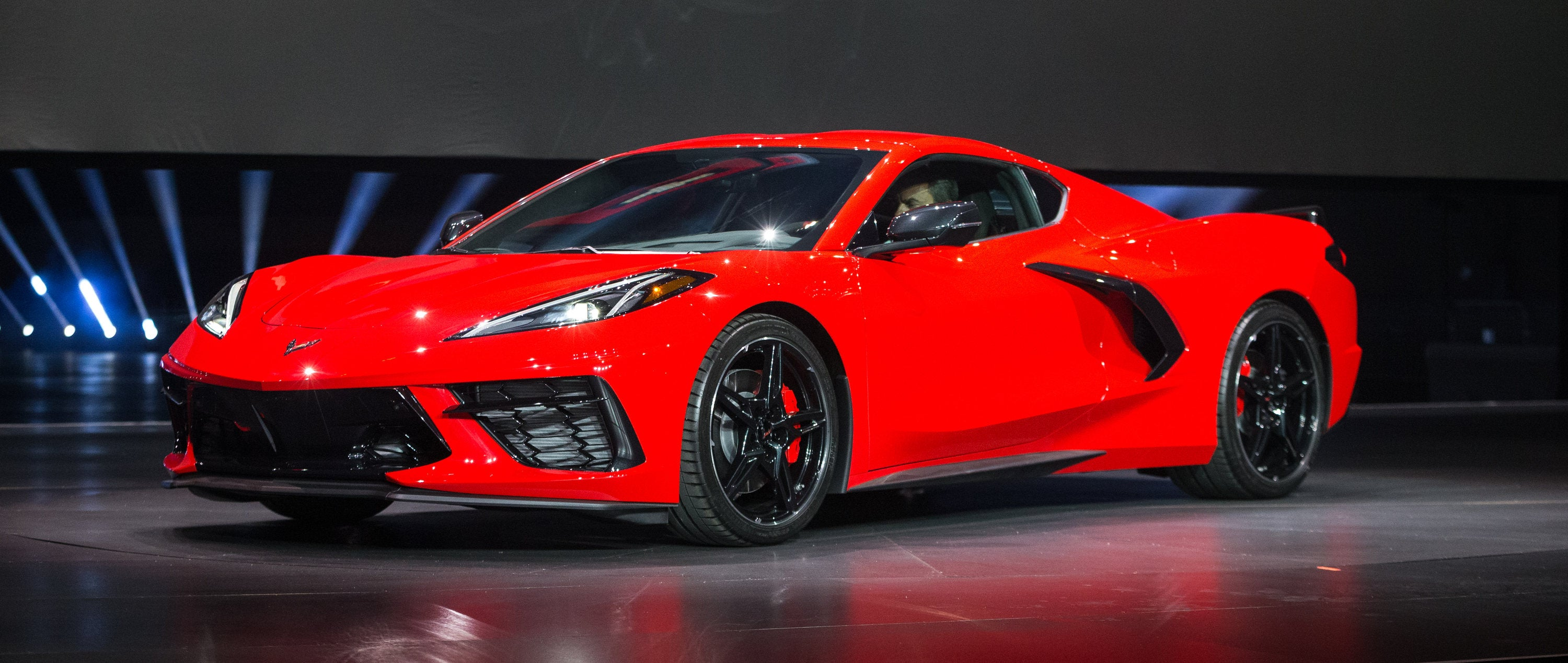 GM Wants to Turn the Corvette Into an Crossover SUV