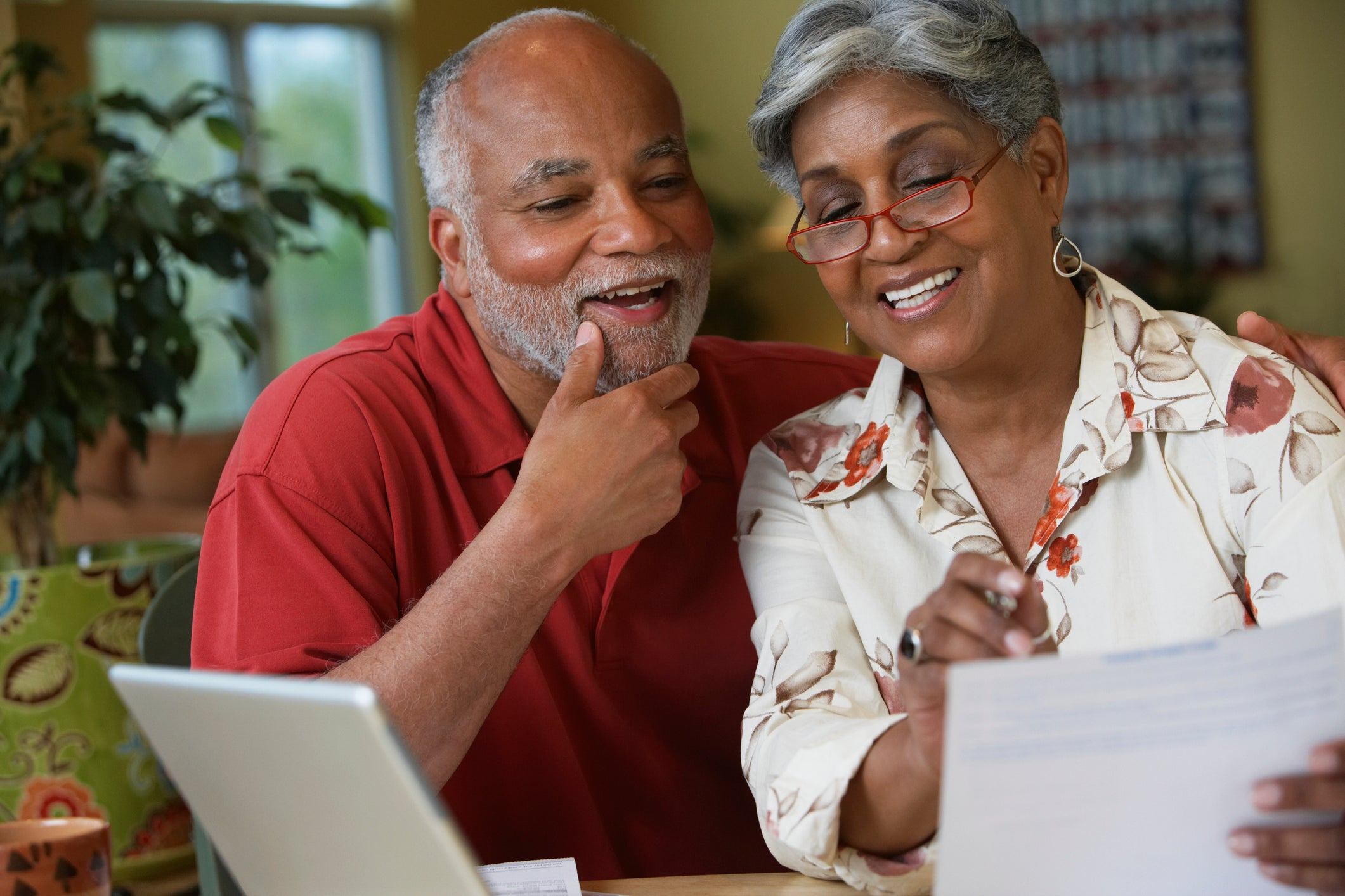 3 Dividend Stocks That Can Help You Retire Early