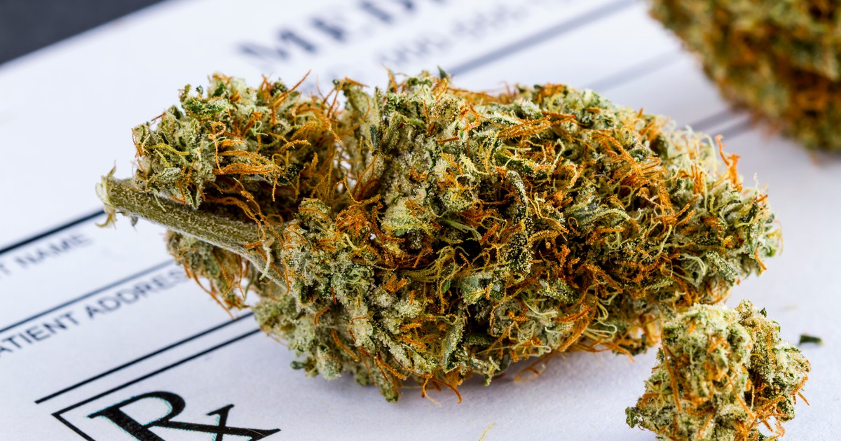 10 Countries (Aside From the U.S.) Where Some Form of Medical Marijuana Is Legal