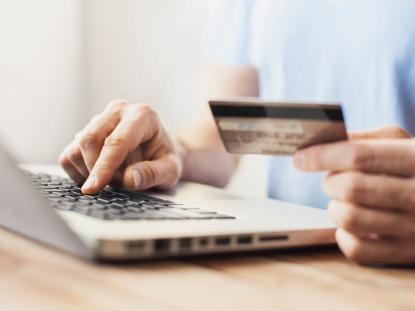 credit card shopping interest rate first-time user tips advice