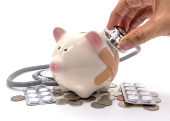 steth on piggy bank GettyImages-641864862