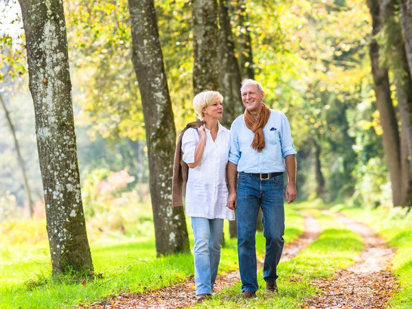 senior couple going for a walk_GettyImages-577649822