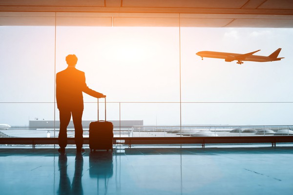 Biz traveler at airport