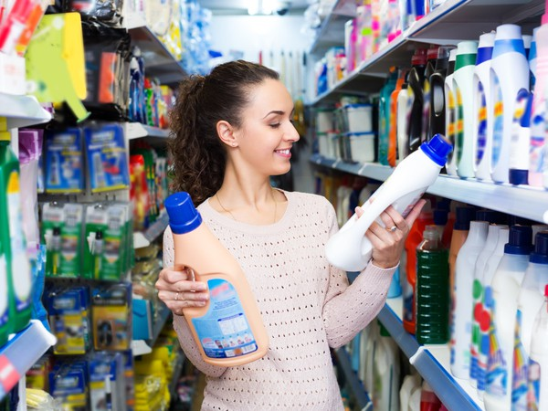 detergent shopping young lady