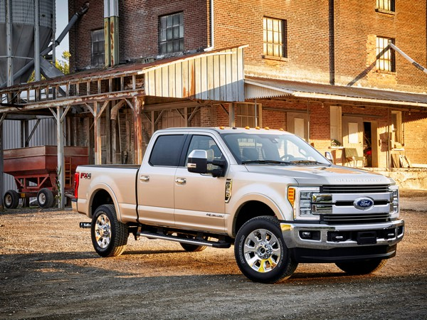 2017-Ford-F350-King-Ranch