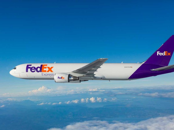 Shipping-Airline-FedEx Boeing 767-FDX-BA