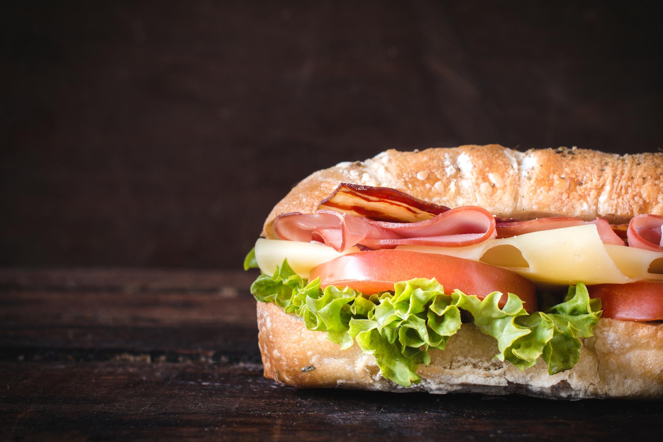 A random sub sandwich