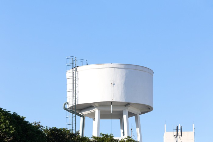 An elevated urban water tank.