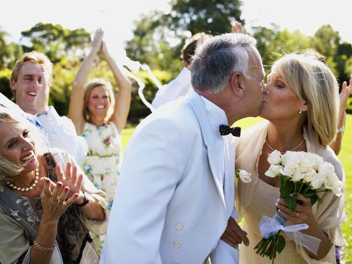 does getting remarried affect my social security the motley fool