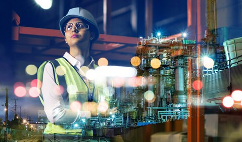 Woman_in_industrial_setting