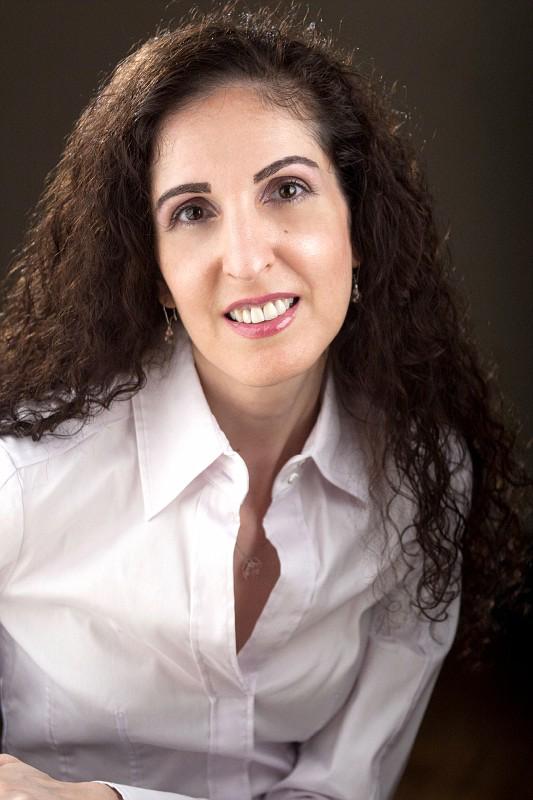 Headshot of Dr. Merav Ozair, FinTech Faculty Member, Rutgers Business School