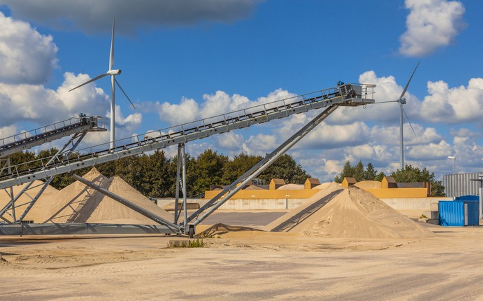 Picture of sand mine with conveyor belts