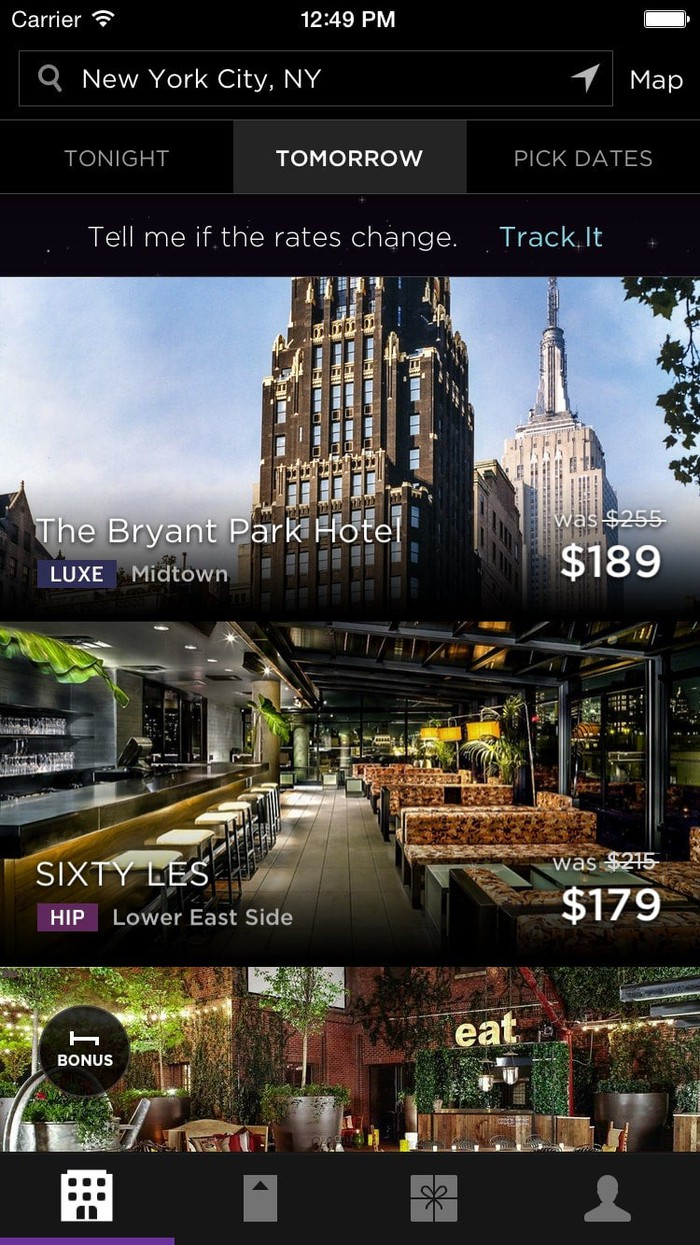 Booking a room on HotelTonight via mobile app