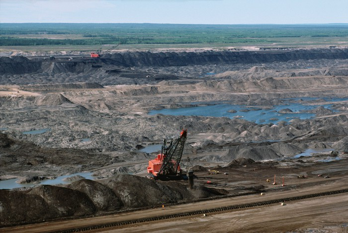 Athabasca oil sands mining