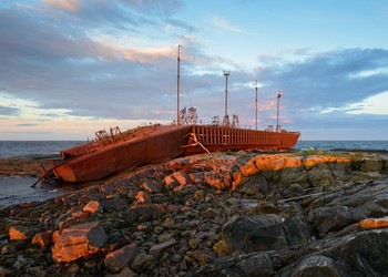 Grounded Ship Rocks Reef