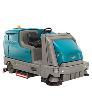 Tennant cleaning machine