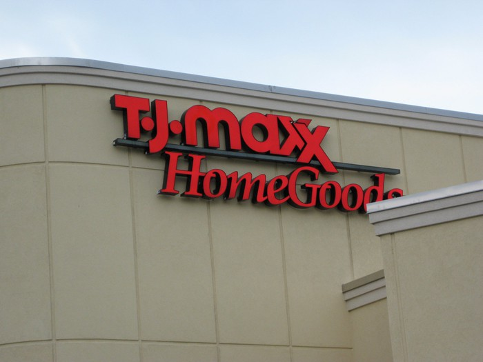 The exterior of a combined T.J. Maxx and HomeGoods store