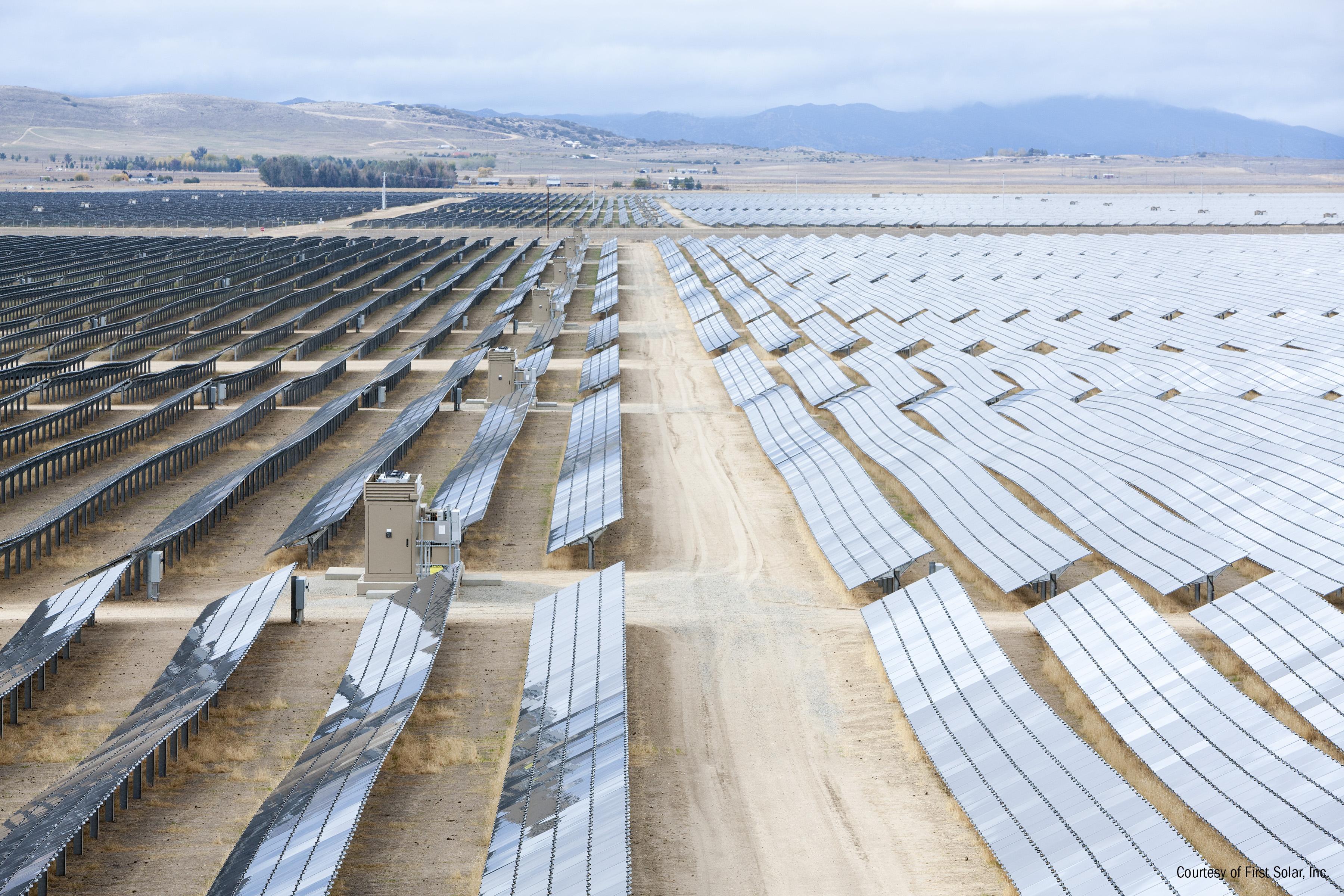 Image of a First Solar fixed tilt solar farm.