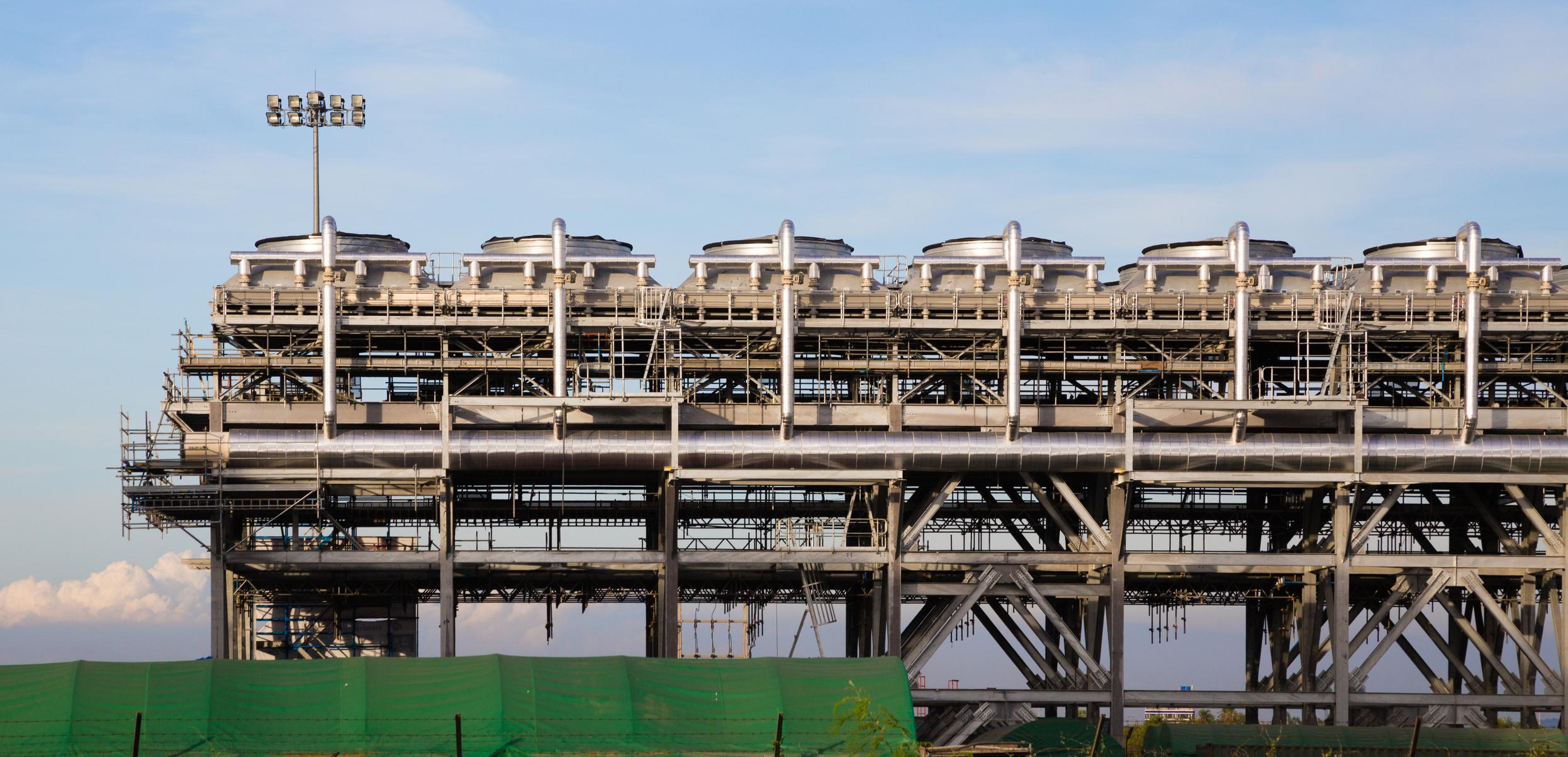 LNG liquefaction infrastructure
