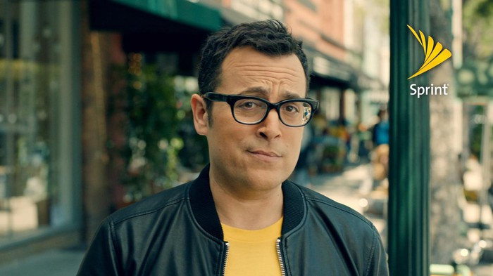 """A Sprint ad with the former """"Can you hear me now"""" guy."""