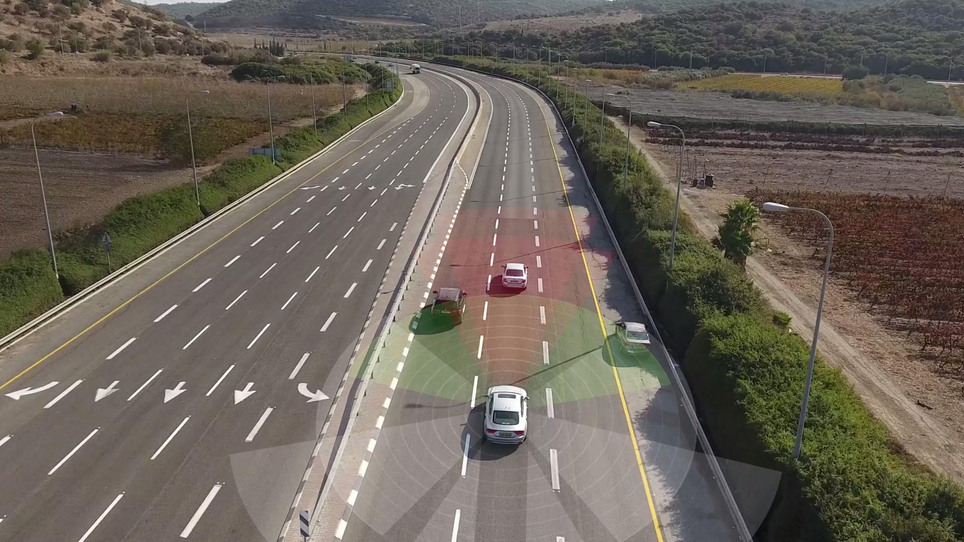 Visualization of autonomous vehicle sensing the environment