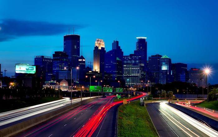 Minneapolis, Minnesota skyline at dusk.