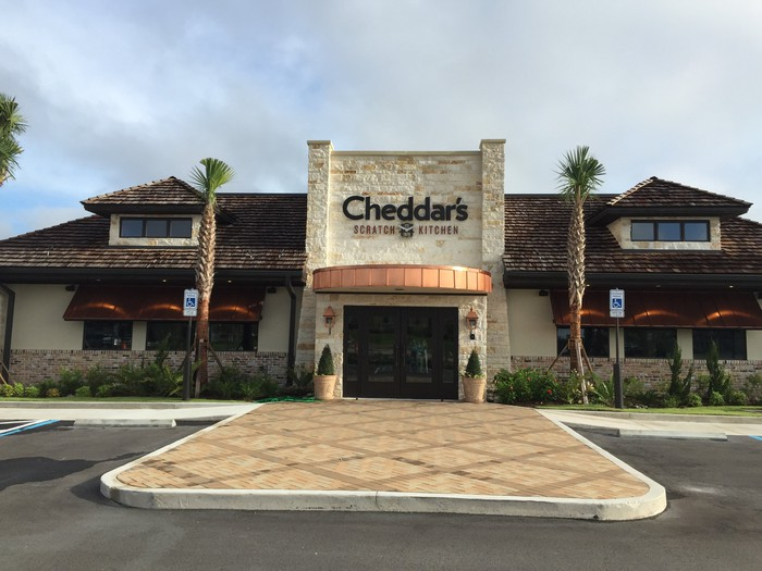 Cheddar's exterior in Port St. Lucie, Florida, during its 2016 opening.