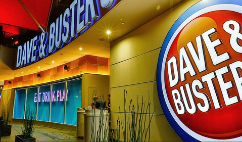 Dave-and-busters-sign