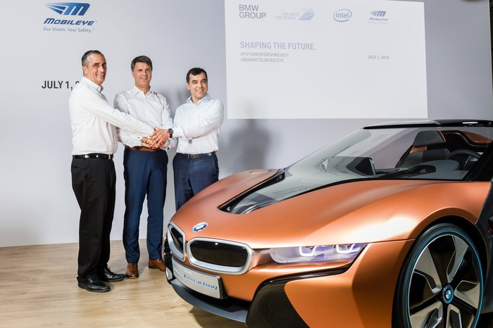 Mobileye, Intel, and BMW team up on autonomous driving.