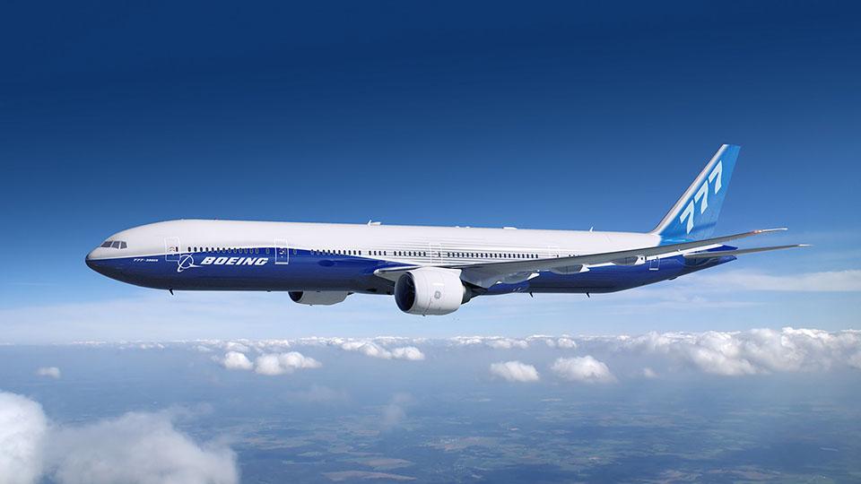 Boeing 777 in flight.