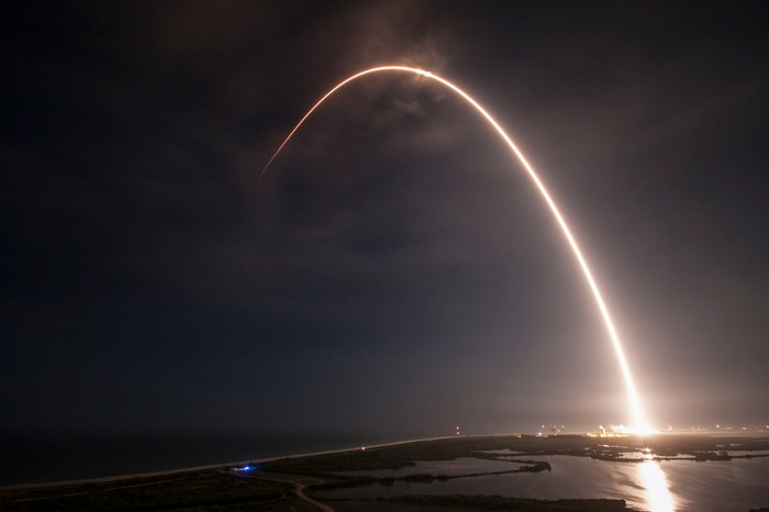 Time-lapse of a SpaceX Falcon 9 launching into space