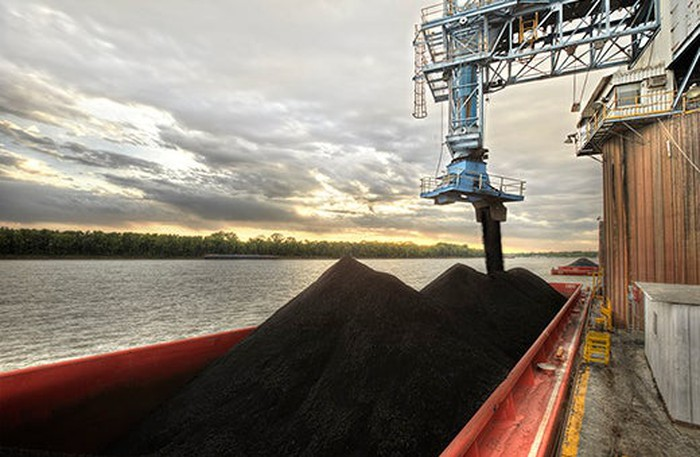 Coal being loaded onto a ship.
