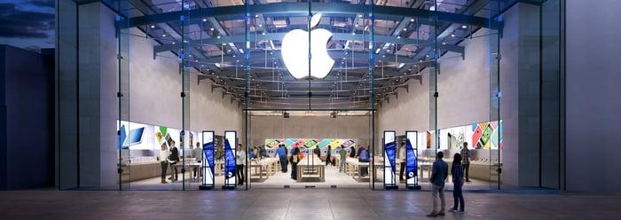 Apple store in Santa Monica.