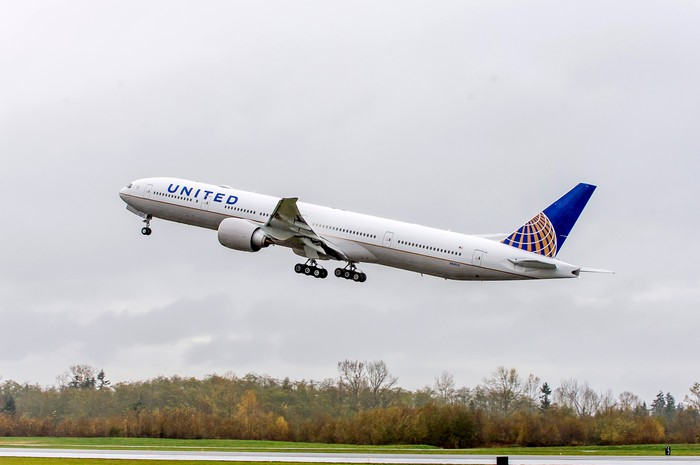 A United Airlines plane takes off.