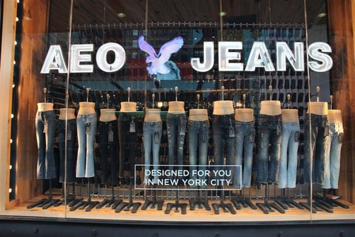 AEO Jeans storefront