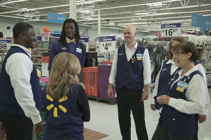 A Wal-Mart Academy class in a store
