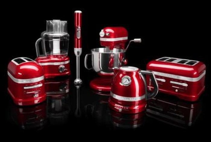 A set of Whirlpool kitchen appliances.