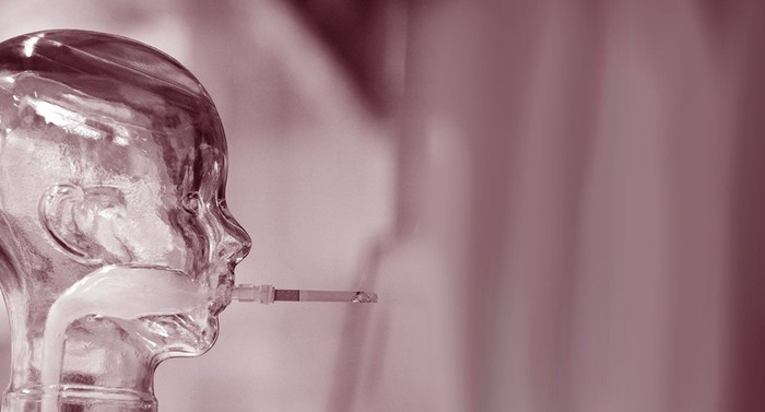 Glass head smoking.