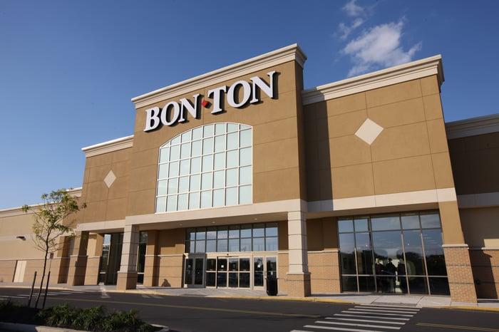The exterior of a Bon-Ton store.