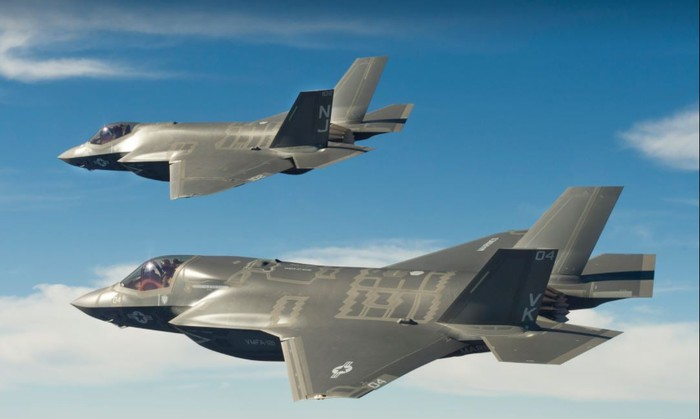 F-35B and F-35C fighters flying formation