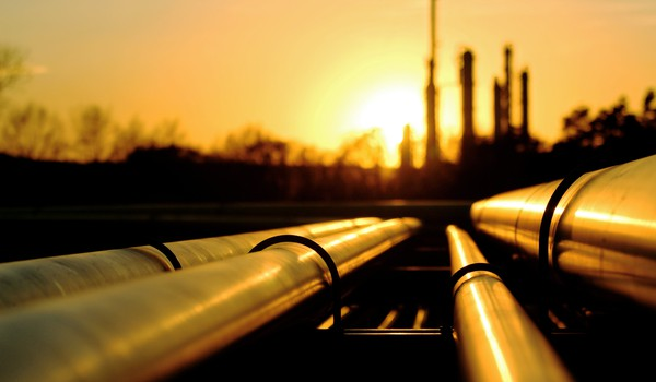 Getty Oil Pipes to Refinery