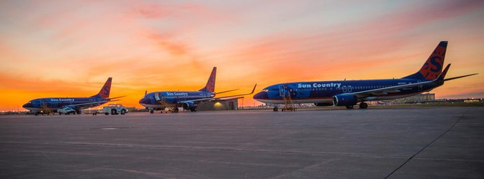 Sun Country Airlines planes on the tarmac