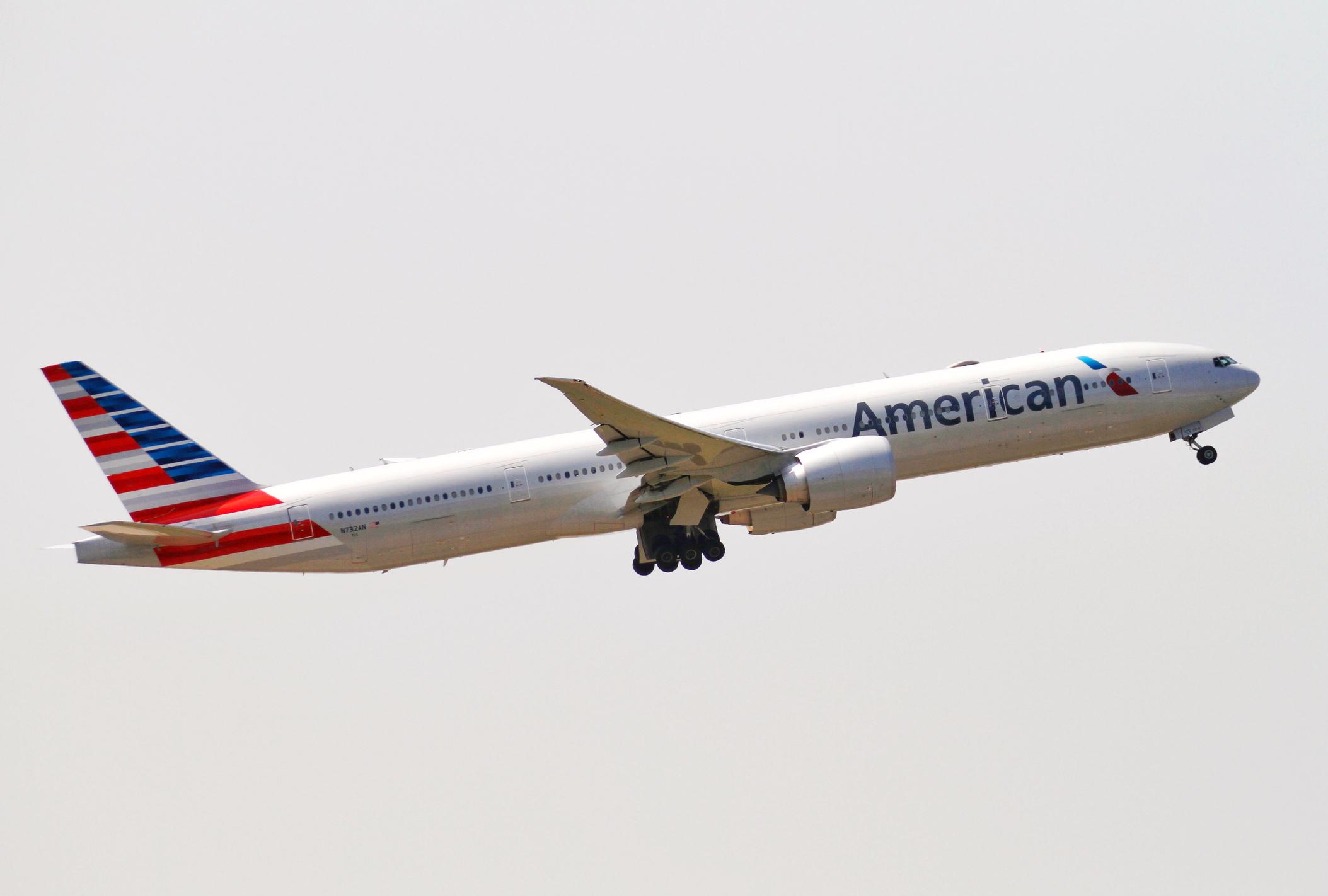 A Boeing 777 in fight.