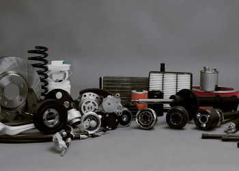 Auto parts GettyImages-499178422