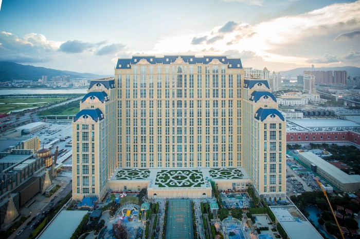 The front view of The Parisian in Macau.