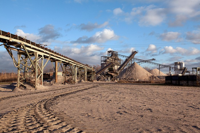 Sand mine in operation