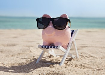 Getty-Piggybank-Beach